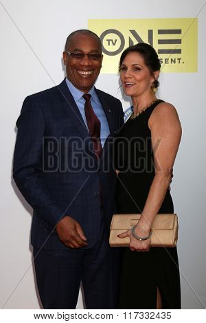 LOS ANGELES - FEB 5:  Joe Morton at the 47TH NAACP Image Awards Arrivals at the Pasadena Civic Auditorium on February 5, 2016 in Pasadena, CA