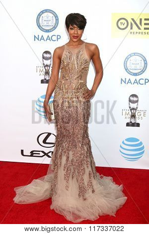 LOS ANGELES - FEB 5:  Wendy Raquel Robinson at the 47TH NAACP Image Awards Arrivals at the Pasadena Civic Auditorium on February 5, 2016 in Pasadena, CA