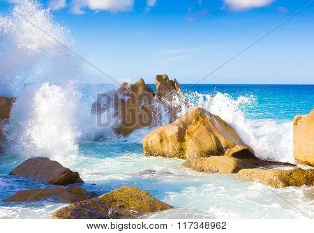 Foam Summer Rocks