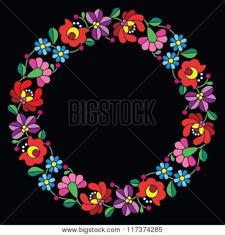Kalocsai embroidery in circle - Hungarian floral folk pattern on black