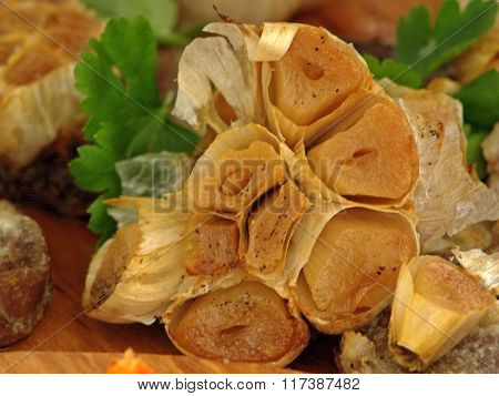 Garlic rose