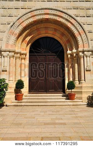 Dormition abbey entrance.