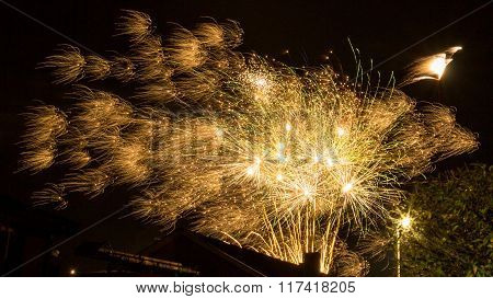 Majestic Golden Fireworks