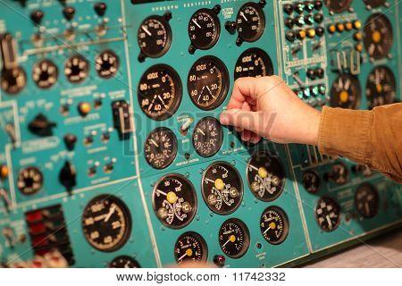Flight Engineer Switches Tumbler