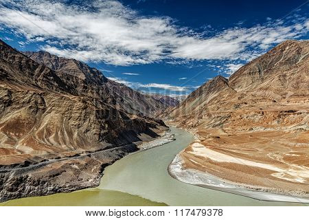 Confluence of Indus and Zanskar Rivers. Indus valley, Ladakh, India