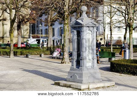 Column Indicating Constants Geographic For Bern