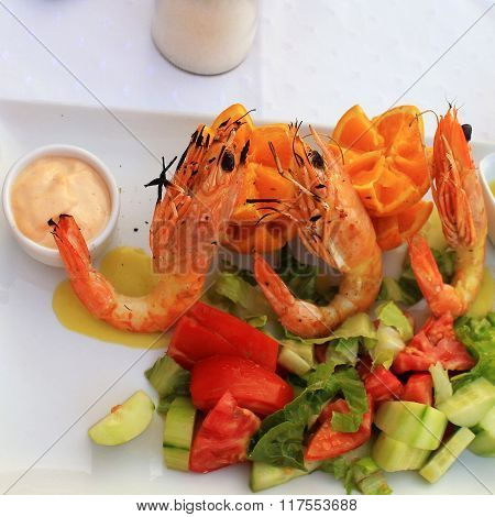 Grilled Prawns And Vegetable Salad,square Image