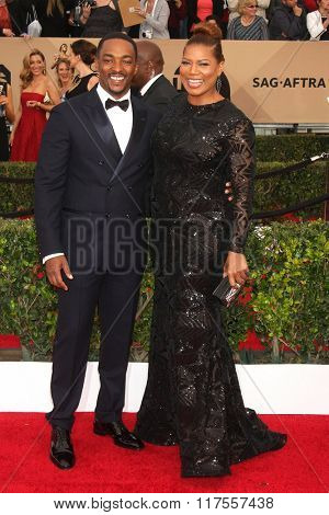 LOS ANGELES - JAN 30:  Anthony Mackie, Queen Latifah at the 22nd Screen Actors Guild Awards at the Shrine Auditorium on January 30, 2016 in Los Angeles, CA