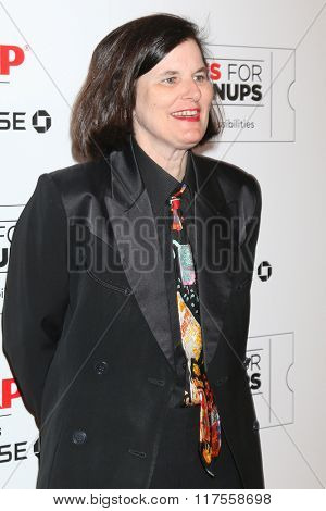 LOS ANGELES - FEB 8:  Paula Poundstone at the 15th Annual Movies For Grownups Awards at the Beverly Wilshire Hotel on February 8, 2016 in Beverly Hills, CA