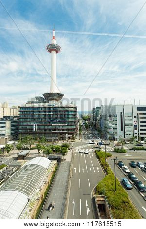 Kyoto Tower Streets Front Of Jr Station Sunny
