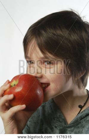 I Am Eating An Apple