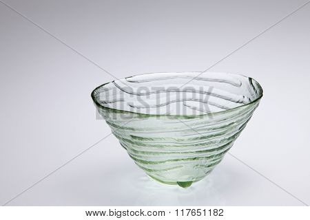 empty texture glass bowl on the gray background