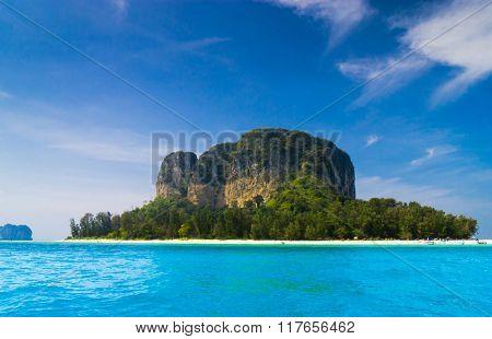 Sea Rocks Idyllic Island