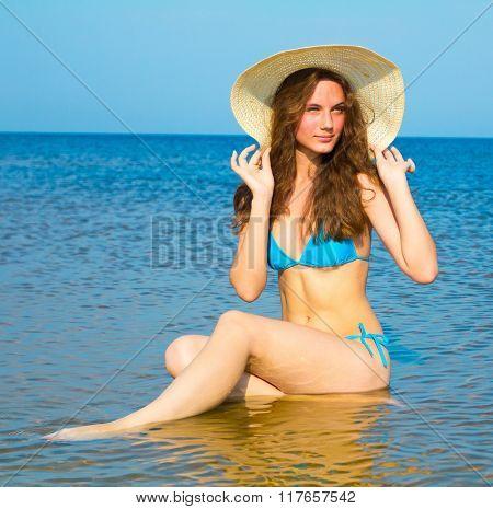 Sunlight Around Me Beach Fun