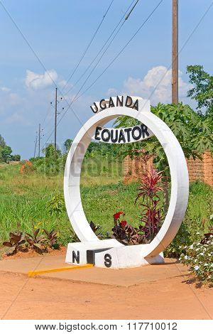 Equator crossing sign monument in Uganda