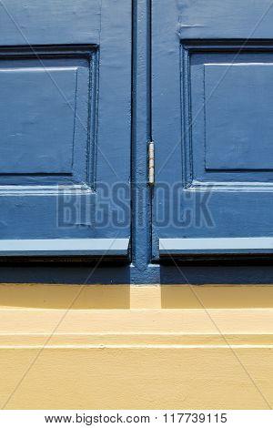 Thailand Window     Sunny Day    Wood Venetian