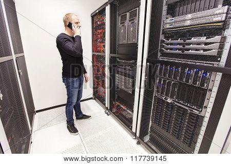 It consultant work in large datacenter