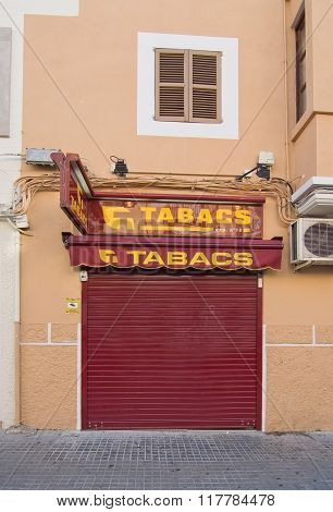 Tabacco Store Closed