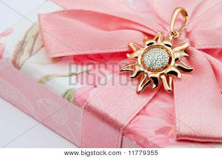 Elegant Jewelry With Brilliants
