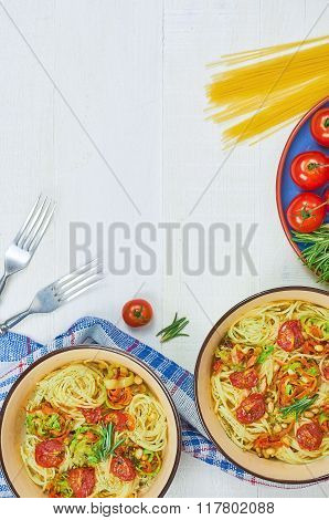 Spaghetti with vegetables on a plate