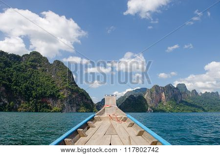 Beautiful Mountains And River Natural Attractions In Ratchaprapha Dam At Khao Sok National Park, Sur