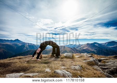 Yoga in Tatry mountains