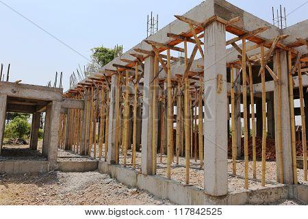 Cement Pilla