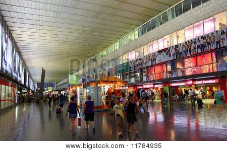 Shopping Mall In Roma Termini Railway Station