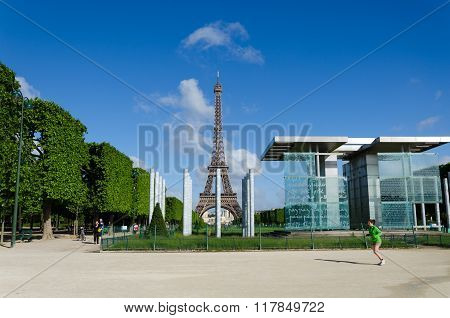 Paris, France - May 15, 2015: People Around The Wall For Peace On The Champs De Mars