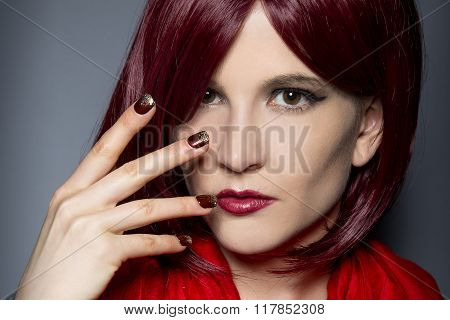 Red Fashionable Nail Mannicure