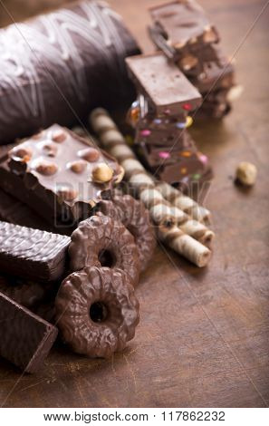 gingerbread cookies and chocolate