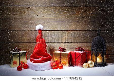 Nice Hristmas Decoration With Snowfall