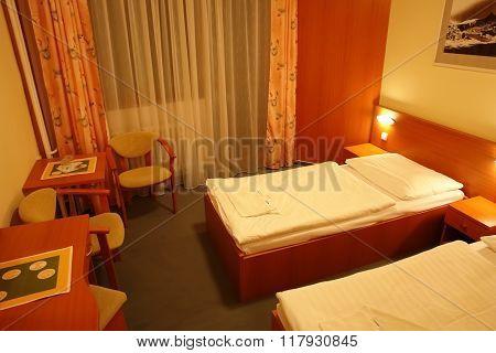 Room In Hutnik 3.