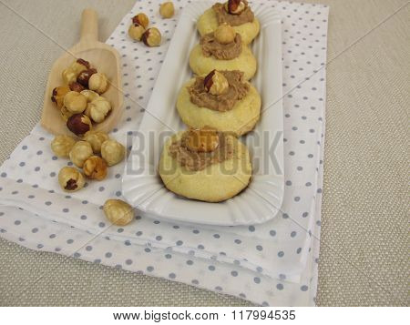 Nut nougat biscuits