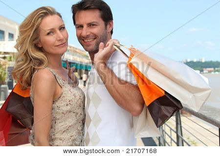 Couple on a shopping trip