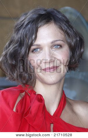 LOS ANGELES - AUG 6: Maggie Gyllenhaal at the Walk of Fame ceremony where Emma Thompson receives the 2415th in Los Angeles, California on August 6, 2010