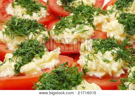 Tomatoes With Horseradish And Parsley
