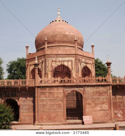 Domed Building Outside Taj Mahal