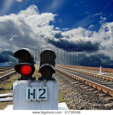 red semaphore on the rail road