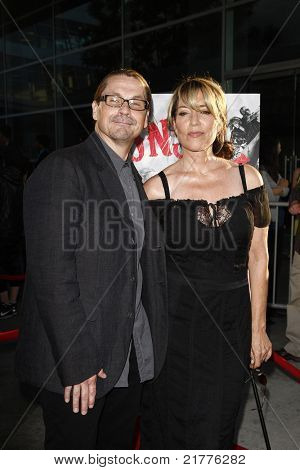 LOS ANGELES - AUG 30: Kurt Sutter and wife Katey Sagal at the Season Three premiere screening of 'Sons of Anarchy' at the Cinerama Dome in Los Angeles, California on August 30, 2010