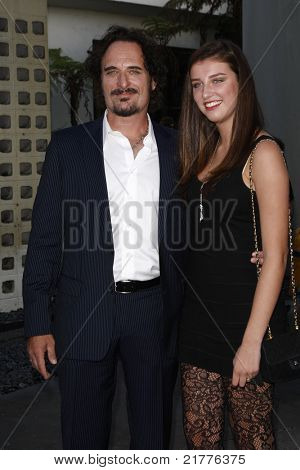 LOS ANGELES - AUG 30: Kim Coates and daughter at the Season Three premiere screening of 'Sons of Anarchy' at the Cinerama Dome in Los Angeles, California on August 30, 2010