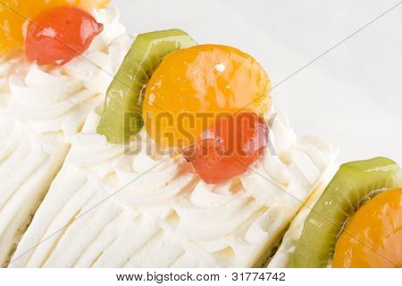 Summer citrus sponge cake