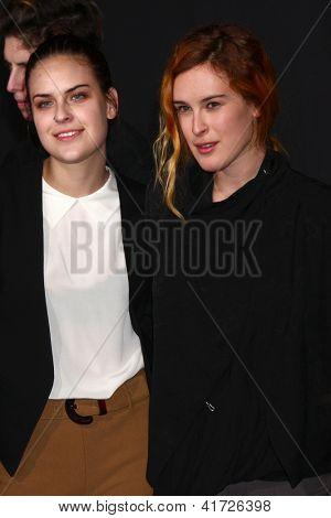 LOS ANGELES - JAN 31:  Tallulah Belle Willis, Rumer Willis at the 'A Good Day to Die Hard