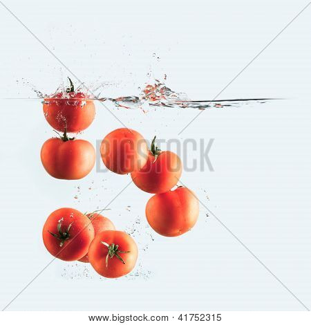 Tomatoes Splash