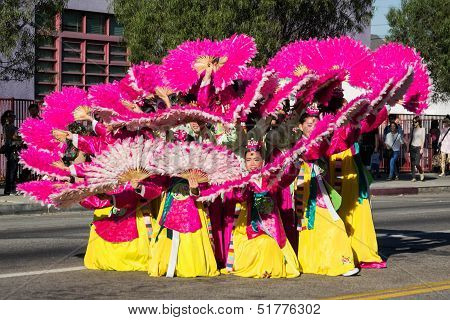 Korean dancers participate at 40th LA Korean Festival