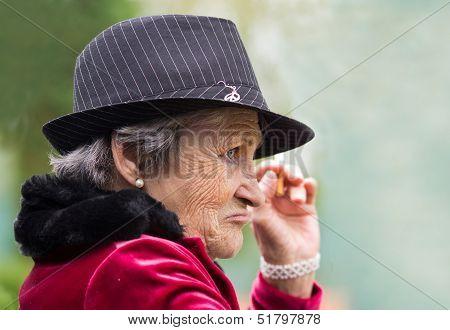 Detective woman