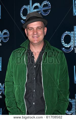 LOS ANGELES - MAR 18:  Mike O'Malley at the GLEE 100th Episode Party at Chateau Marmont on March 18, 2014 in West Hollywood, CA