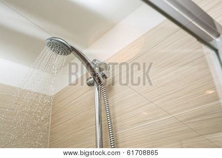 Shower head with dropping water