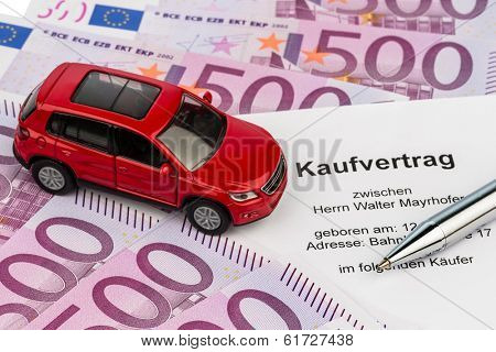 a purchase contract to buy a car at the car dealer. new and used cars