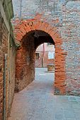 pic of underpass  - old underpass in an antique Venice backstreet - JPG